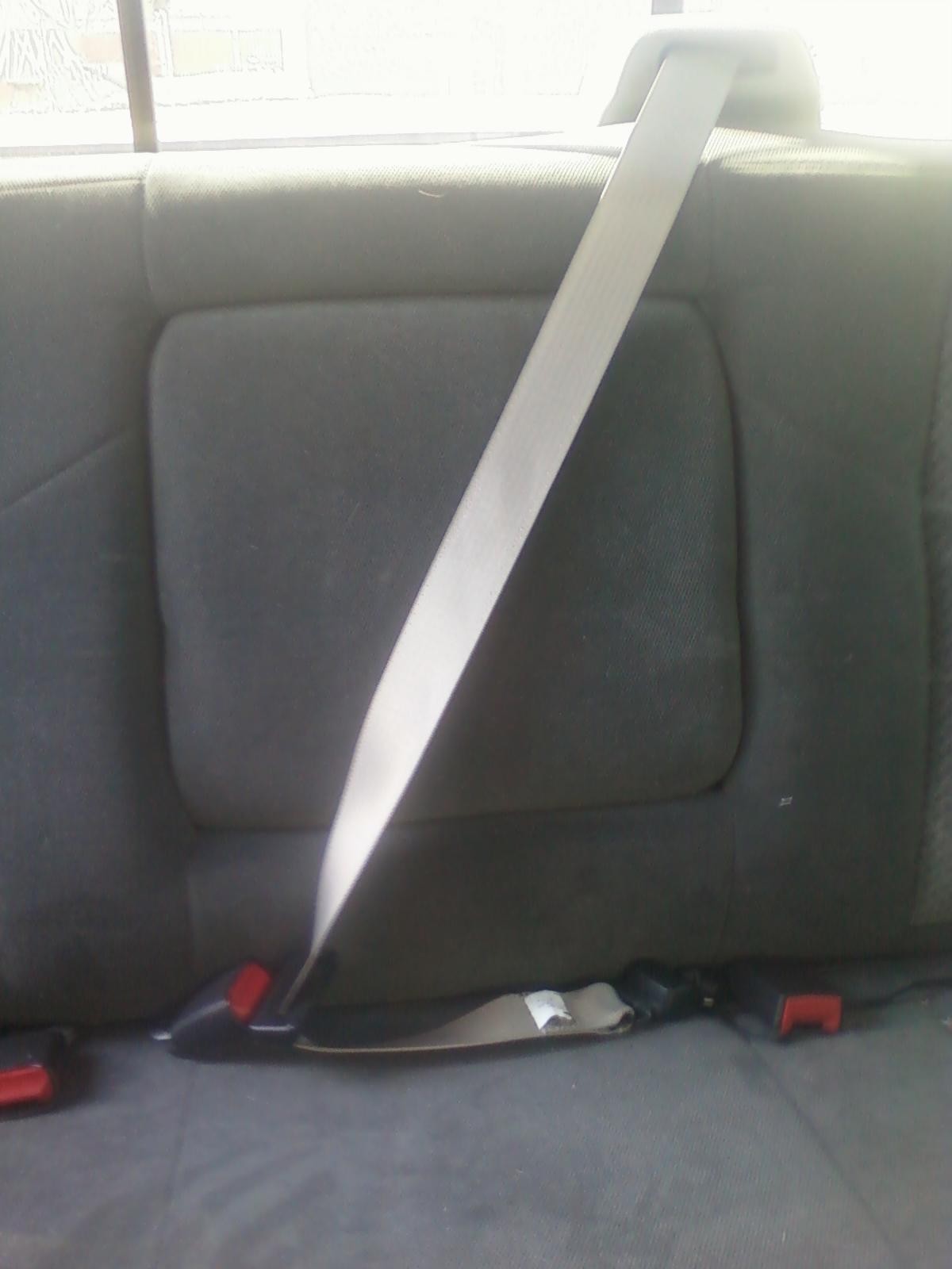 '2011 Seatbelts in a '2002 F350-0105121410.jpg