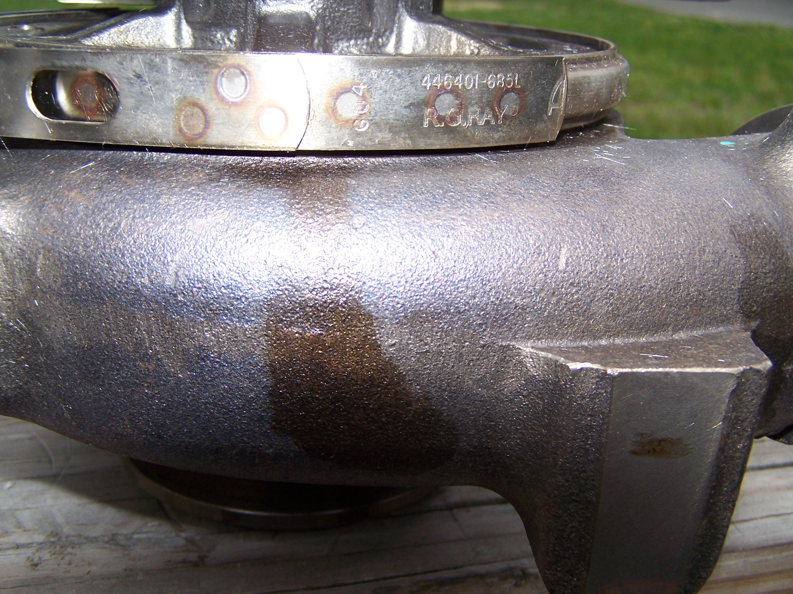 HELP! Burning oil out of tailpipe-100_1770.jpg