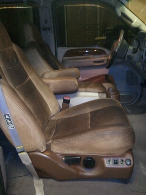 2013 King Ranch Leather-2004-kr-front-leather.jpg