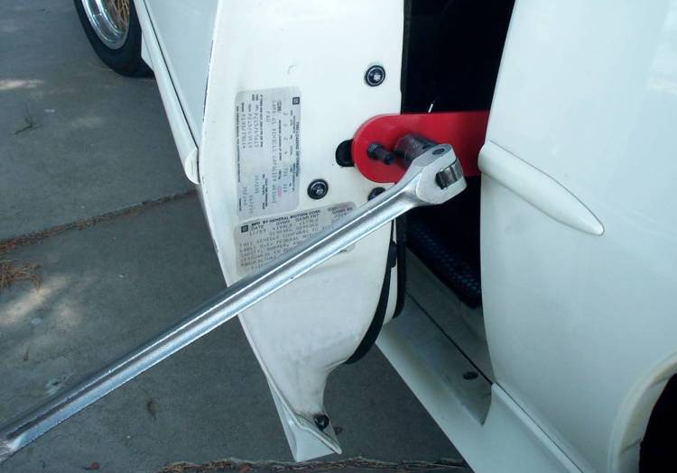 Sagging Door Won T Close Diesel Forum Thedieselstop Com