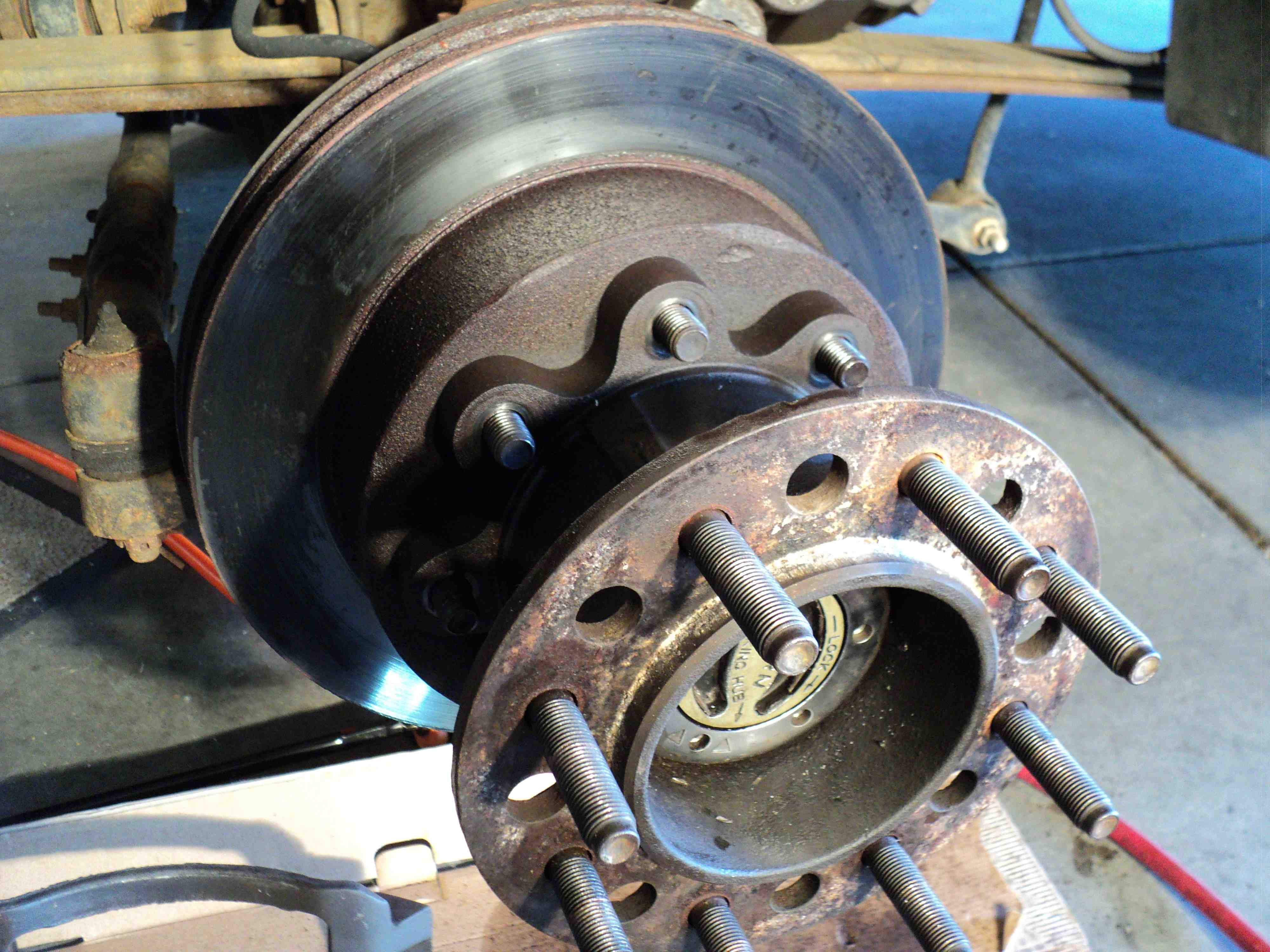 Ford F350 King Ranch >> HELP - New Front Rotor/New Brakes/New Caliper issue ...