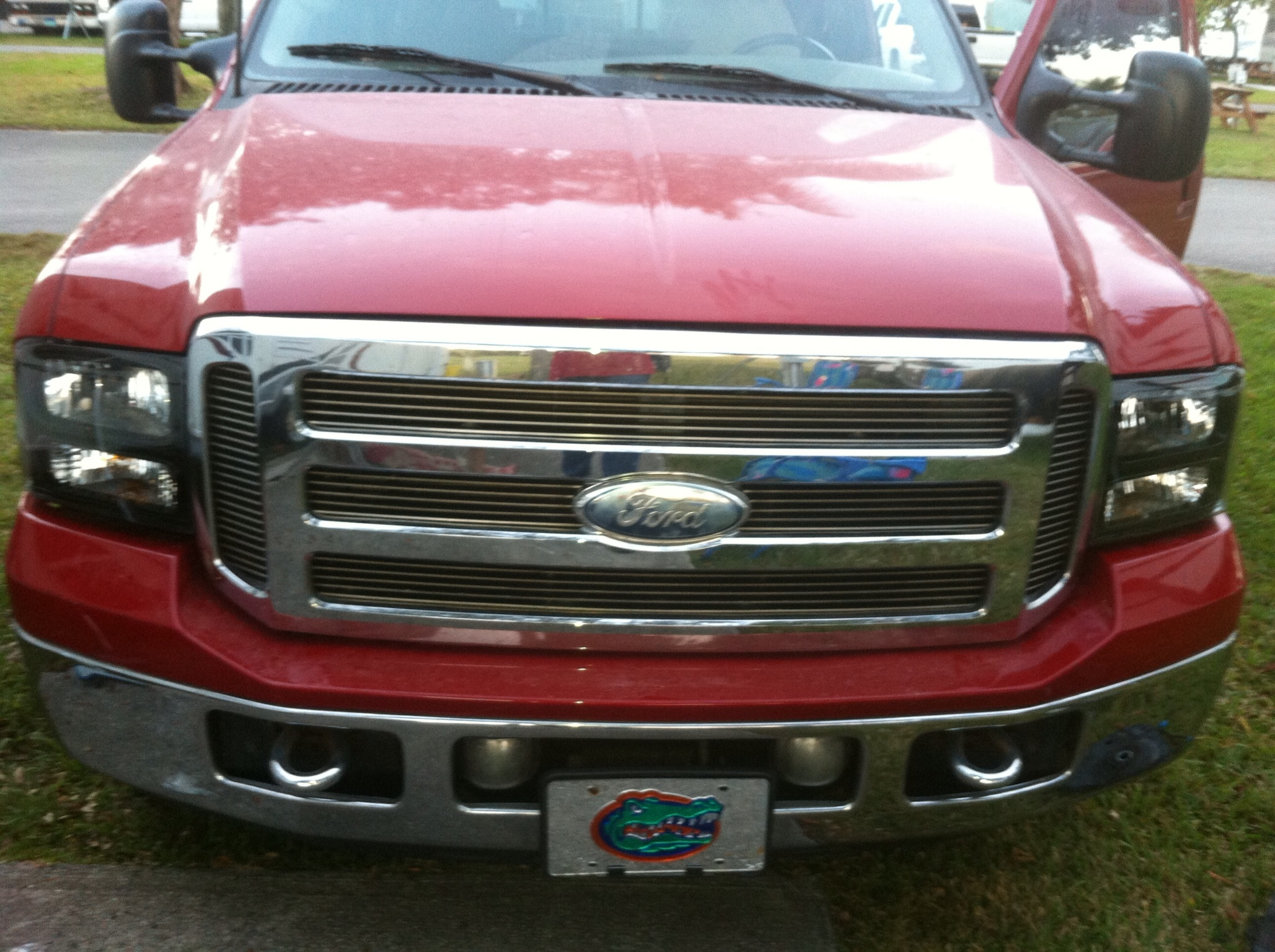 99 F350 Headlights >> 99 04 And 05 07 Headlight Difference The Diesel Stop