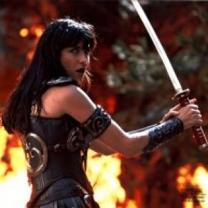 Xena with sword