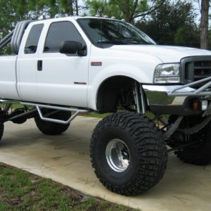 "2000 F-250 PSD, 4X4, 6 SPD, 20"" LIFT"