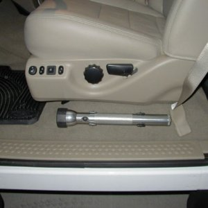 Mag light installed  in 05 F350