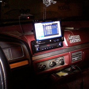 stereo, touch screen, navigation