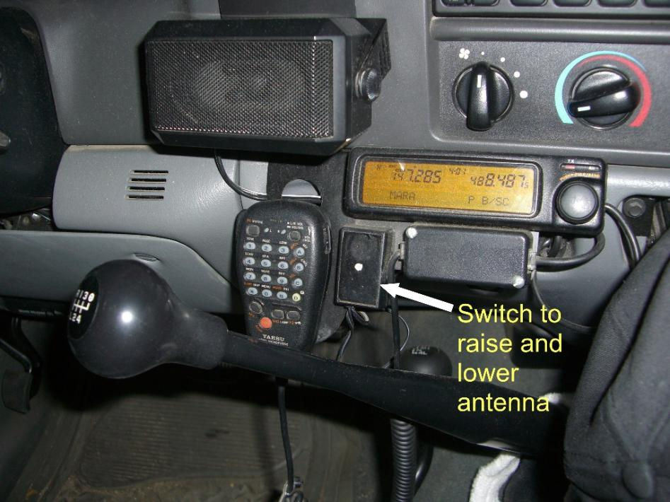 Cb Radio Diesel Forum Thedieselstoprhthedieselstop: Ford Super Duty Cb Radio Mount At Elf-jo.com